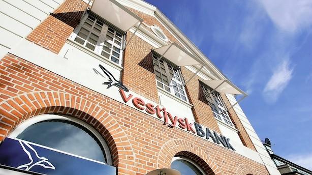 Presset bank tjente 108 mio - fastholder forventinger
