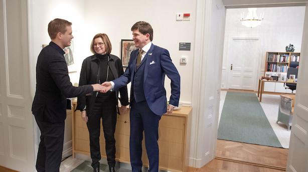 Sveriges talman udskyder afstemning om statsminister