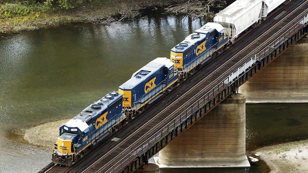 Aktieluk i USA: Fald inden tech-regnskaber - jernbaneselskab sank tungt