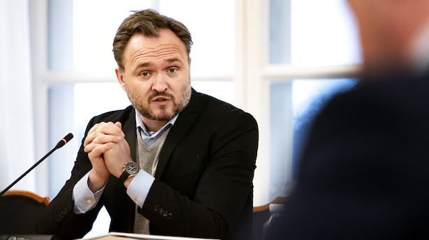 Regeringen udskyder beslutning om ny oliejagt i Nordsøen