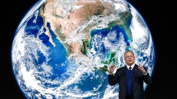 Eliten flyver til Davos i privatfly for at tale om klima