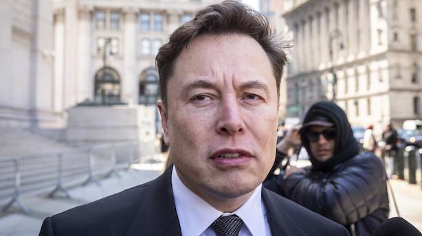 Morgenbriefing: Tesla-aktien brager op efter regnskab, danskernes gæld til det offentlige vil stige