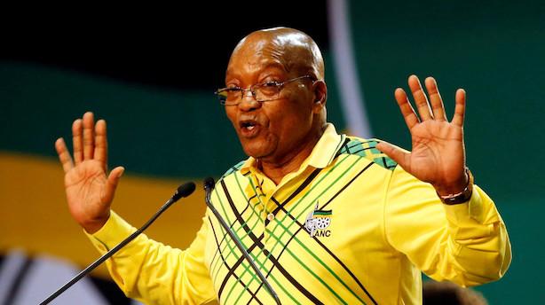 Krisen omkring Zumas tilbagetræden tager til i Sydafrika