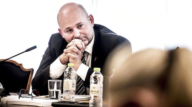 Pape indkalder partier midt i bandeopgør i København