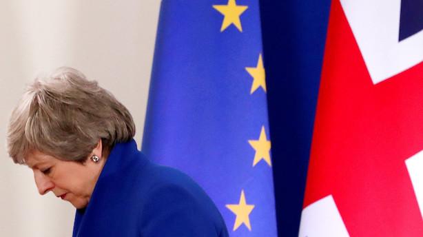Efter udsættelse af brexit - May håber på flertal for aftale i maj