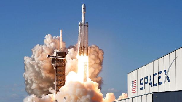 Tesla-ejer får millionkontrakt med Nasa: Skal sende raket til kollision med asteroide