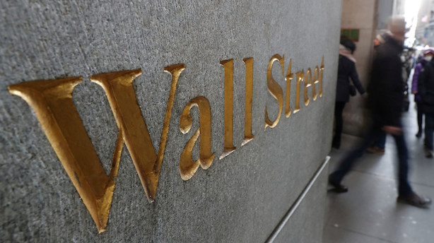 Wall Street står til milliardhonorar efter pharmaopkøb