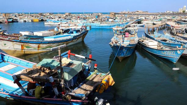 Saudiskledet koalition udfører militærangreb i havneby i Yemen