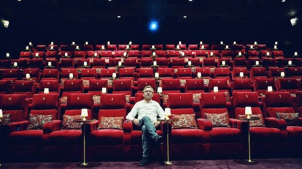 """Biografejer og filmproducer Michael Obel lever for magien på første række: """"Man kan lære noget om livet ved at gå i biografen."""