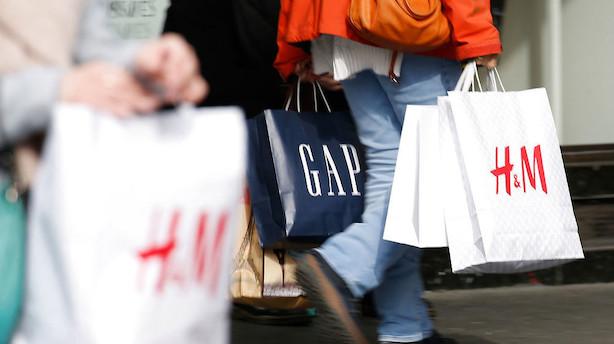 Shoppeture i udlandet er blevet dyrere med nyt gebyrhop