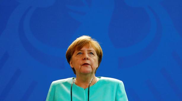 Merkel genvalgt som kansler for fjerde gang
