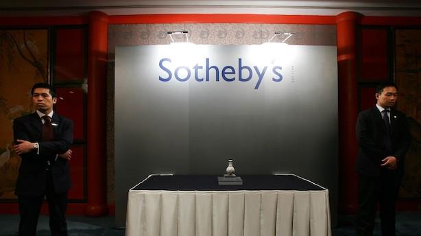 Aktieluk i USA: Milde rentevinde løftede - Sotheby's og Array i kurshop