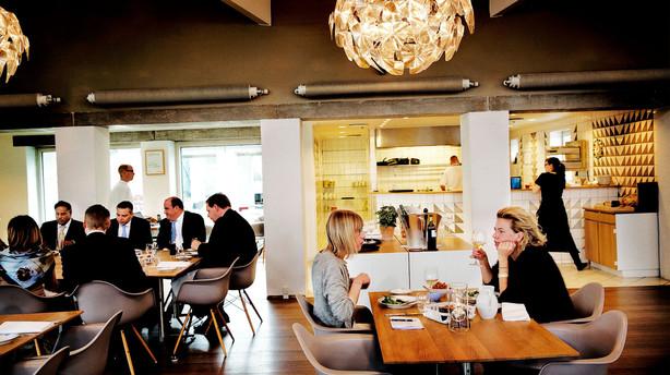 Utzons møbelhus byder på pikant frokost