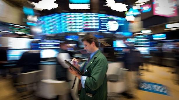 Amerikanske aktier går i rødt - markeder frygter skatteskuffelse