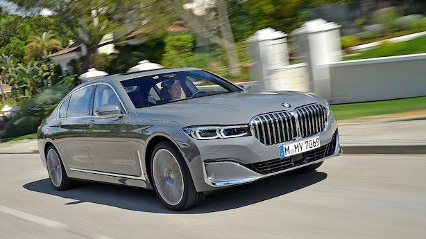 BMW's flagskib får gigantisk forkromet dollargrin
