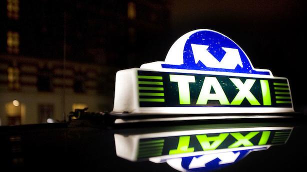 Finanskæmpe overtager forsikring af taxavognmænd - pris er hemmelig