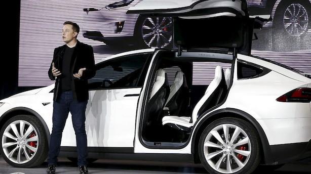 Skidt nyt for Tesla: Tilbagekalder 11.000 biler