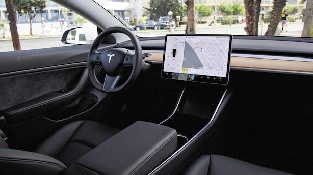 Test: Tesla Model 3 har potentiale til at kickstarte salget af elbiler