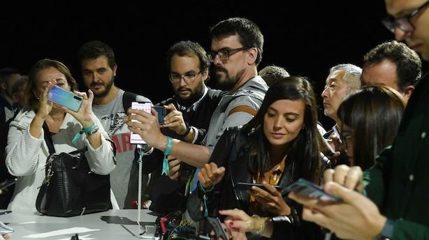 Huawei løfter sløret for ny Google-fri telefon efter handelskonflikt