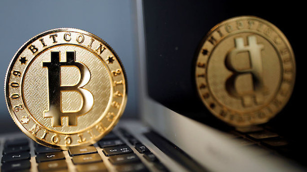Fire bitre benspænd til Bitcoin: 20 mia. dollar pist væk