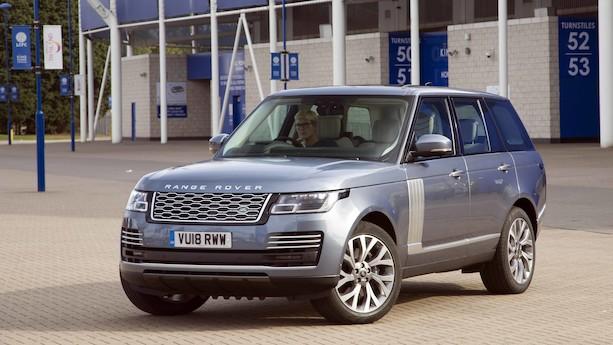 Range Rover med kabel kører over 40 km på strøm