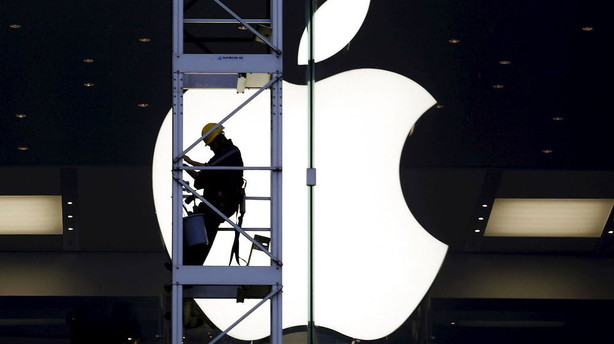 Apple arbejder på at styrke sikkerhed midt i FBI-strid