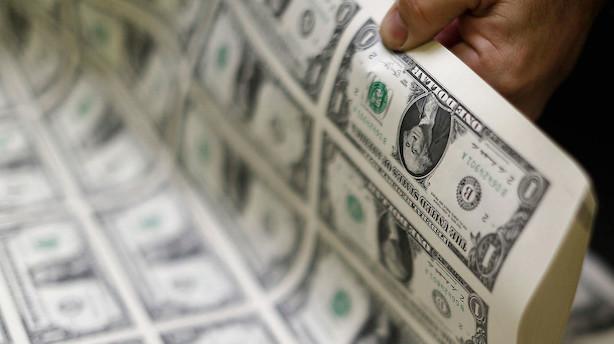 Valuta: Fredagens dollarsvækkelse fastholdes og udbygges