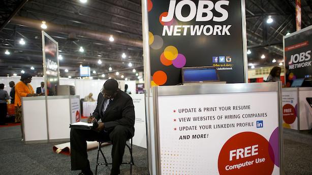 """Bomstærk jobrapport med 263.000 nye job i USA: """"Trumps rentepres virker fjollet"""""""