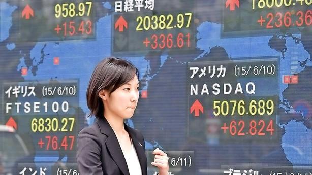 Aktier: Afventende Asien-handel uden store udsving