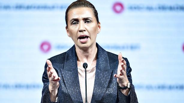 Topchefer dumper Mette Frederiksens økonomiske politik