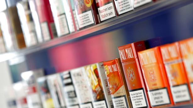 Tobaksgigant tager sparekniven frem: Skærer 2300 job væk