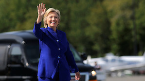 Tager Clinton buksedragten på igen i nat?