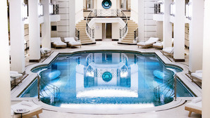 """""""Lidt som narko"""" - Legendarisk hotel åbner Chanel Spa"""