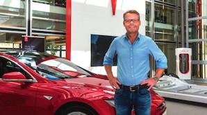 """Teslas Europa-boss: """"En Tesla bliver bedre og bedre med tiden"""""""