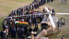 Titusindvis ventes at deltage i mindeceremoni for Mugabe