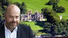 Bestseller-milliard�r ejer nu mere af Skotland end Dronning Elizabeth