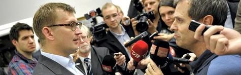 Helle Ib: Løkke må rydde op i Venstres rådne kulisse