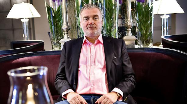 Macho-pink som Lars Seier