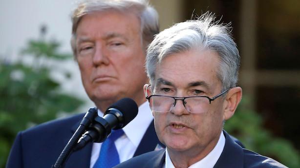 Powell skal modstå Trumps hårde pres
