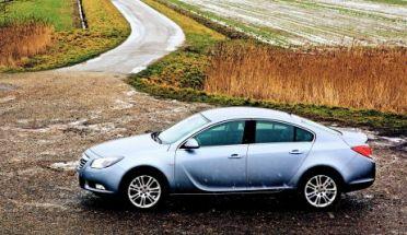 Børsen: Lease eller købe ny bil?