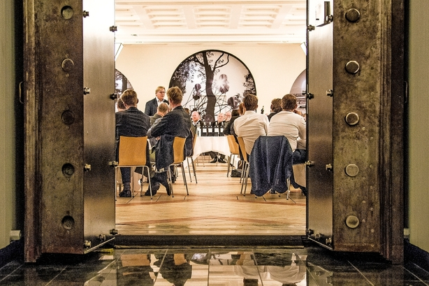 Verdensberømt dansk vinmand har fået fodfæste i Bordeaux