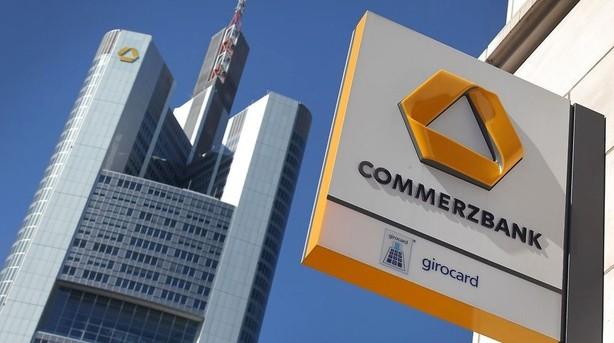 Højt spil: Optur lurer til store krisebanker
