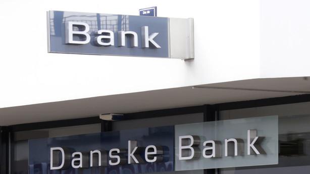 Danske Bank haler ind på rivalerne