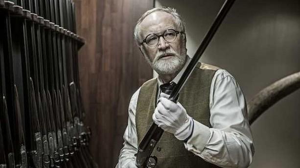 """Martin har investeret i 140 eksklusive jagtvåben: """"Aktier siger mig ingenting"""""""