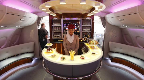 Emirates lokker rige rejsende med ny luksusbar