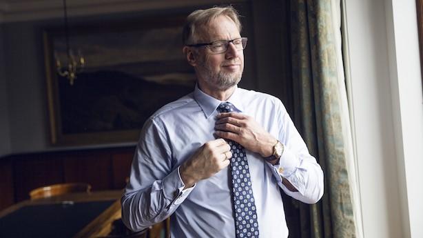"Jyske Bank-boss: ""Diplomatsprog forstår almindelige mennesker jo ikke"""
