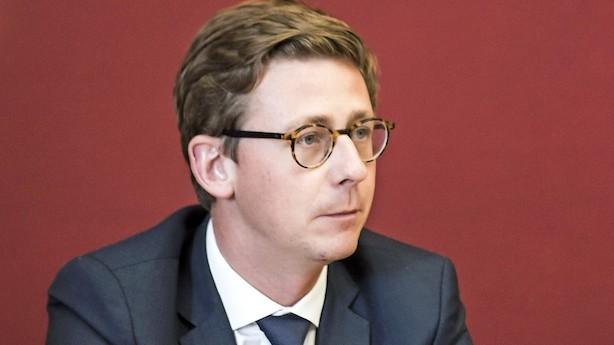 Børsen mener: Lauritzen er minister for gakkede afgifter