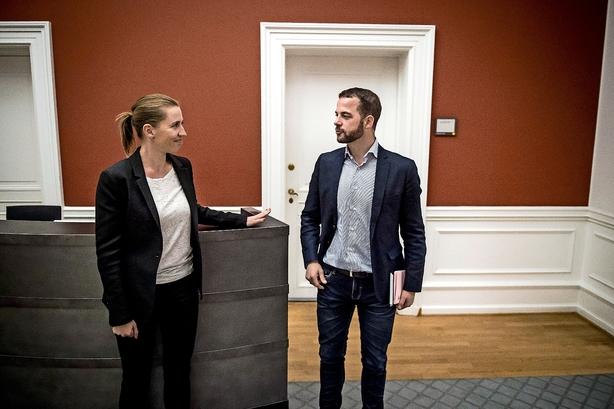 Helle Ib: Her kan De Radikale presse Mette Frederiksen