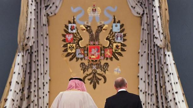 Ugen der kommer: Russere og arabere danser om oliekalven