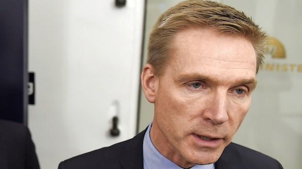 Børsen mener: DF vil gøre Danmark fattigere - sig nej, Løkke